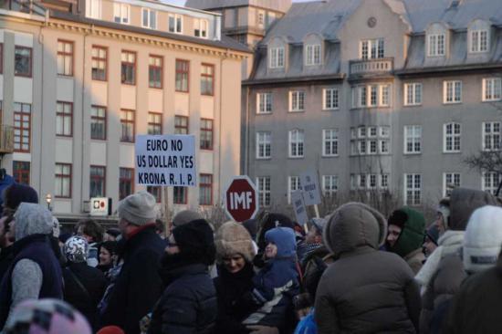 protests Reykjavik
