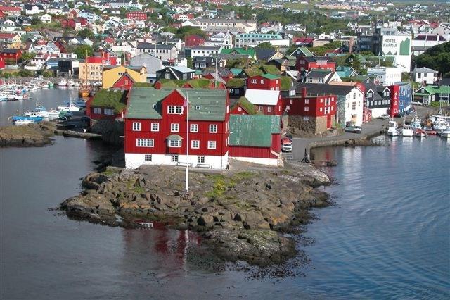 Faroe Islands: Concern over BreakNekNominate challenge