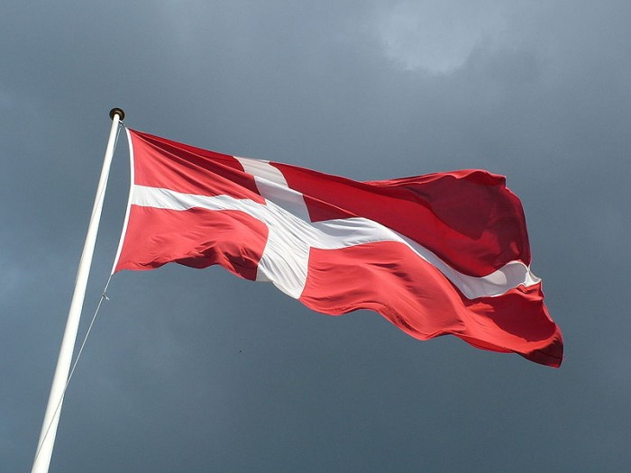 Denmark: Reputation of immigration services plundering