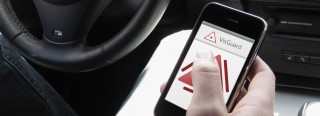 Phone app warns motorists to stop texting when driving