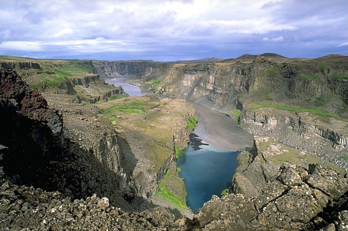 Icelandic canyon carved by brutal floods
