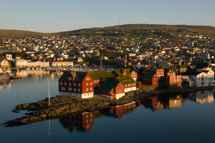 Referendum on a new Faroese Constitution in April 2018