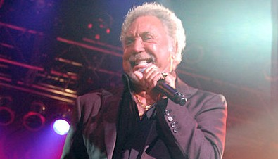 Sir Tom Jones to perform in Iceland on 75th birthday