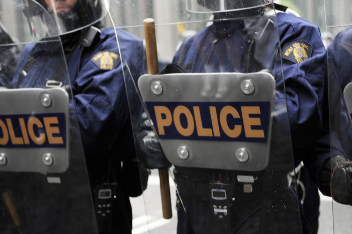 Swedish police break up New York subway fight