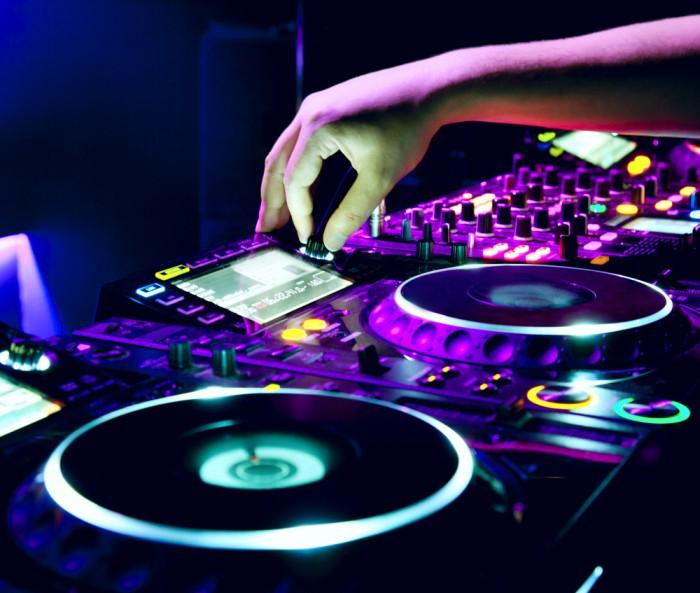 Avicii to DJ at Sweden's royal wedding