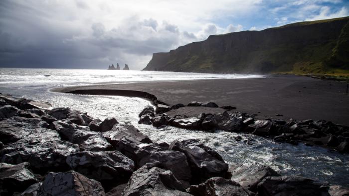 Tourist rescued in Icelandic sea