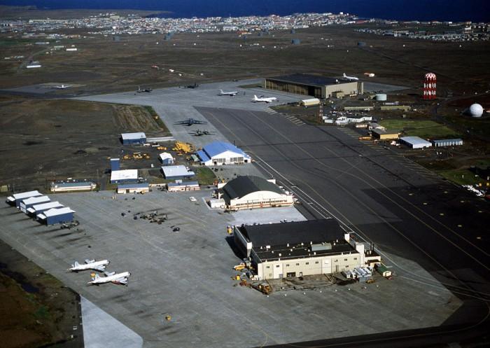 U.S. mulls re-opening Icelandic air base
