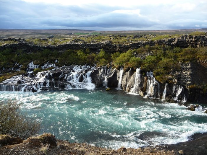 Uncertainty about legality of parking fees at Hraunfossar waterfalls