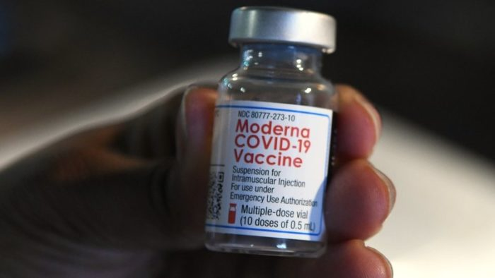 COVID-19: 5000 Doses of Moderna Vaccine coming to Iceland