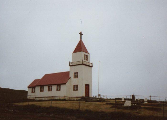 Fire destroys historic church in Grímsey